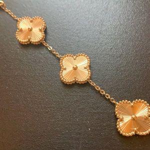 Van Cleef & Arpels 5 motif bracelet